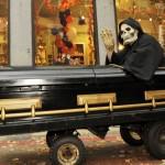 Голые похороны